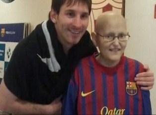 گزارشي از حضور يک جوان سرطاني در رختکن بارسلونا