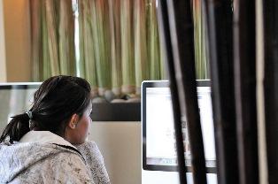 تأثیر پلک زدن هنگام کار با کامپیوتر