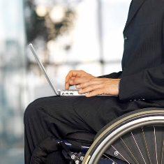 سير تحول نگاه جامعه به معلولين