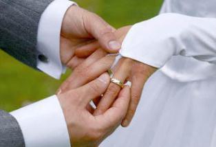 احساس خوشبختی و رضایت از زندگی مشترک