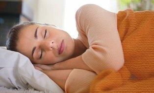 چگونه شب ها راحت بخوابید؟