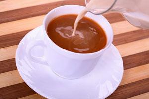 شیر در چای