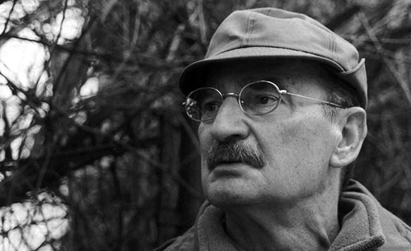 معرفی کوتاهی از اسلاومیر مرژوک، نویسنده ی لهستانی
