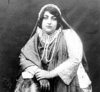 زن قجری