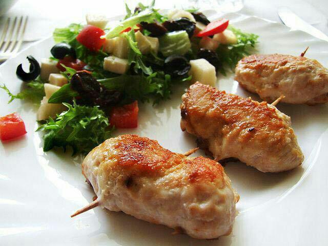 رولت مرغ و قارچ پنیری
