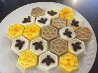 شیرینی لانه زنبوری