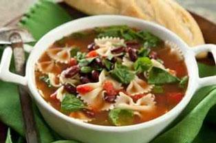 سوپ ماکارونی و سبزیجات