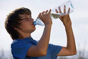 علائم کمبود آب در بدن