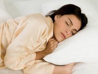 لیست اشتباهات رایج موقع خوابیدن