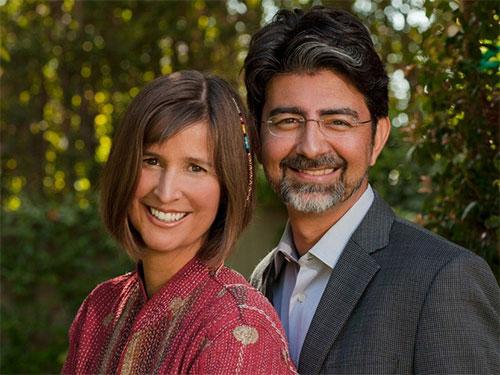 پی یر امیدیار و همسرش